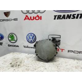 Насос вакуумный 1.8 TSI VW Skoda Seat 06J145100B