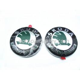 Эмблема Skoda 1U0853621