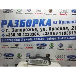 Фара левая противотуманная Skoda Rapid 5JA941699 LED