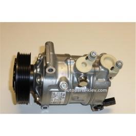 Компрессор кондиционера VAG 5q0820803g Skoda Volkswagen