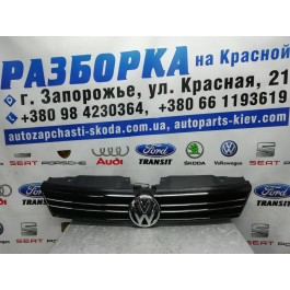 Решетка радиатора Volkswagen Jetta 6 5C6853653 VAG