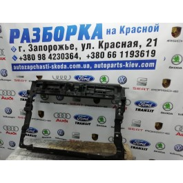 Передняя панель Volkswagen Tiguan 5NA805588G