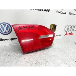Фонарь задний левый внутренний VW Jetta 5C6945093