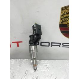 Форсунка топливная VW SKODA 06D133036D